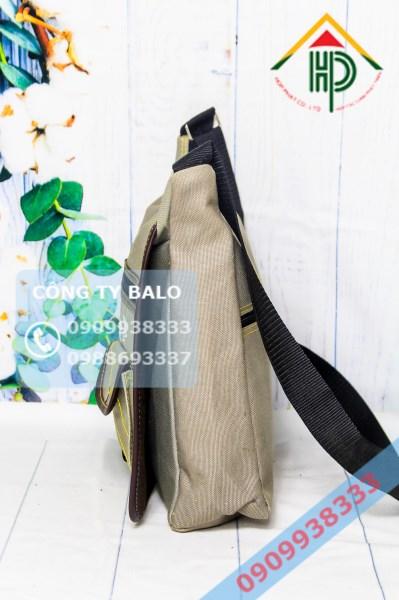 Túi đeo chéo Hợp Phát 07